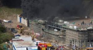 Incendio obras galería tiro policía Inglaterra