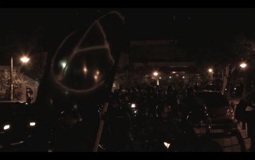 Mani antifa motorizada en Pireo