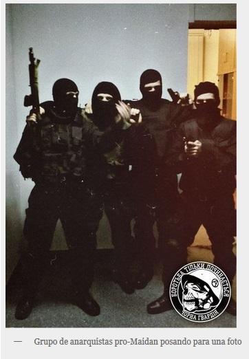 Ucranianos nazis usurpan imaxe mackhno 3