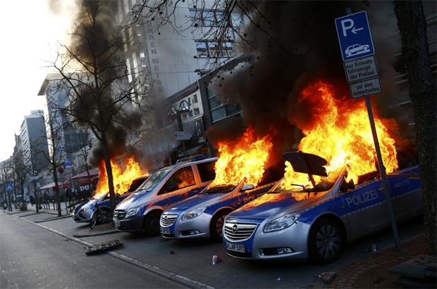 Disturbios Frankfurt 1