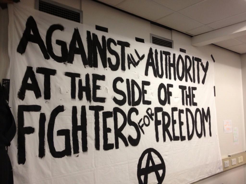 Contra toda Autoridad