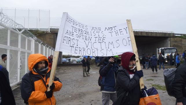 terroristas-terrorismo-Calais-Eduardo-Granados_EDIIMA20151118_0324_4